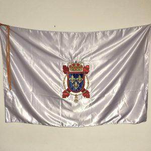 Bandera de raso bordada.